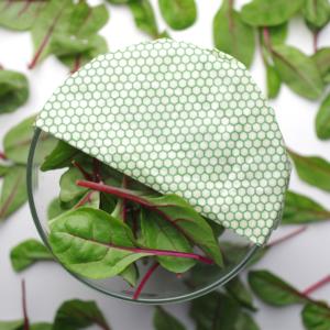 Žalio koriuko rašto Vaškainio bičių vaško drobelės